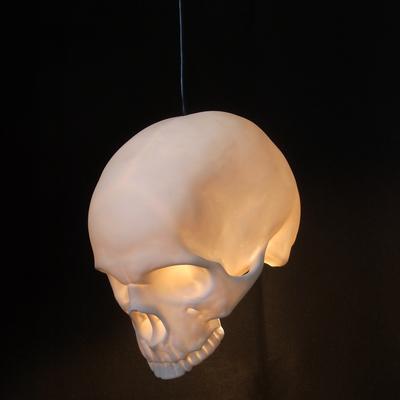 Döskalle Lampa Tak
